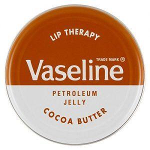 Vaselina y los labios de hombre